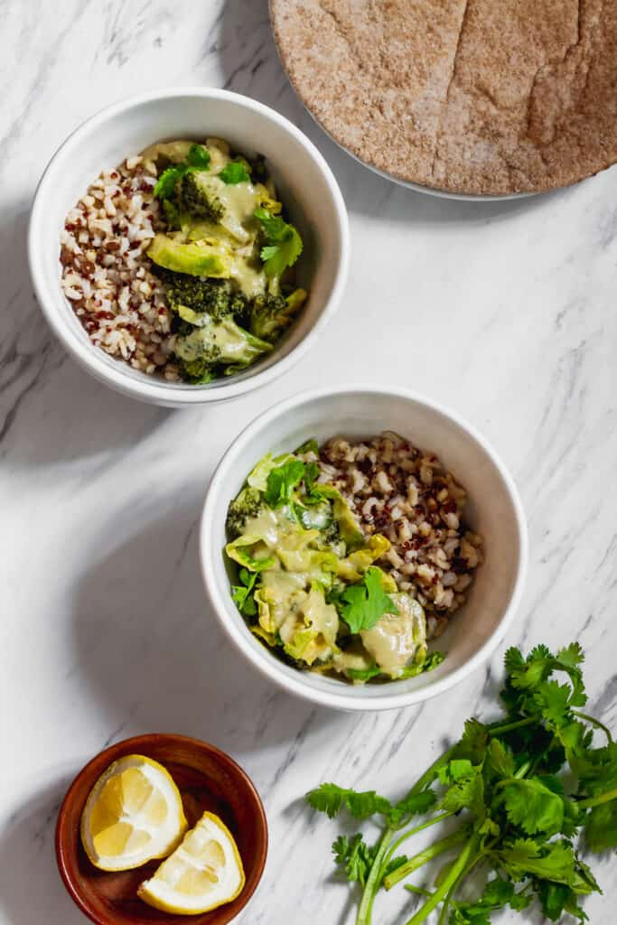 vegan thai green curry recipe with lemons and cilantro